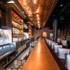 Old Town Pour House Oakbrook bar restaurant photography