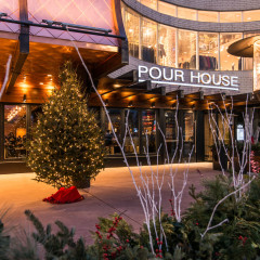 Pour House Oakbrook restaurant photography