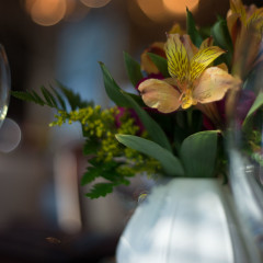 flowers at a Chicago wedding - photography