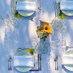 outdoor dinner party table set - Elgin photography